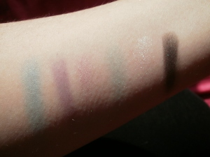 sleek aqua lagoon palette swatches