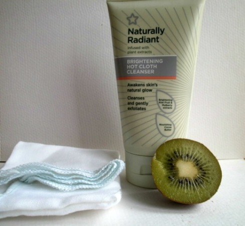 Superdrug Naturally Radiant Hot Cloth Cleanser